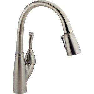 Delta Faucet Allora™ 4-Hole Pull-Down Kitchen Faucet with Single Lever Handle in Brilliance Stainless D989SSDST