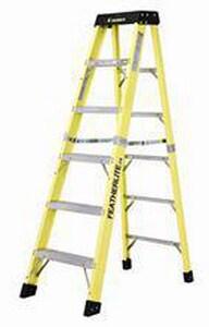 Featherlite Ladders 6 ft. 300# Fiberglass Step Ladder FUS6406