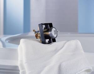 Delta Faucet 3/4 in. Tub and Shower Valve Body DR10000UNBXT