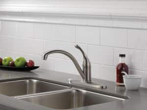 Delta Faucet Collins™ 1.8 gpm 3 or 4 Hole Deck Mount Kitchen Faucet with Single Lever Handle in Polished Chrome D140DST