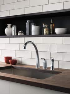 Delta Faucet Pilar® Single Handle Widespread Kitchen Faucet in Arctic Stainless D4380ARDST