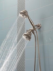 Delta Faucet 1/2 x 2-1/2 x 5-3/4 in. MNPT Brass Shower Arm and Flange in Brilliance® Stainless DU4993SS
