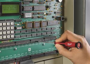 Milwaukee Manual Multi-Bit 6 Piece Screwdriver M48222606