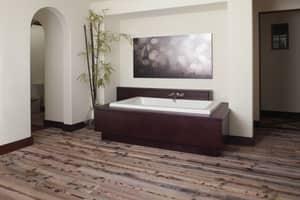 JACUZZI® Sia® 66 x 36 in. Whirlpool Bathtub with Center Drain in White JSIA6636WCR5CWW