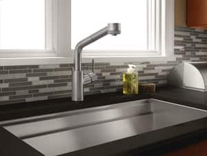 Hansgrohe Talis S Single Handle Pull Out Kitchen Faucet in Polished Chrome H04247000