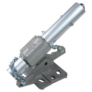 Kraft Tool Company EZY-Tilt® 8 x 6-1/4 in. Bull Float Bracket KCC294