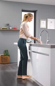 Grohe Ladylux™ 1.75 gpm 1 Hole Deck Mount Kitchen Faucet with Single Lever Handle and Swivel Spout in Starlight® Chrome G30313000