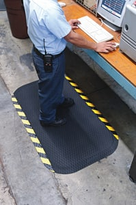 The Andersen Company Hog Heaven™ 96 x 7/8 in. Anti-Fatigue Mat in Black and Yellow A424026496 at Pollardwater