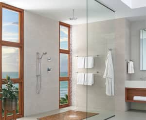 Brizo Litze™ 18 in. Towel Bar in Polished Chrome D691835