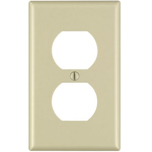 Leviton 1-Gang Duplex Receptacle Plate Ivory L86003