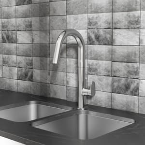 American Standard Beale™ Single Handle Pull Down Kitchen Faucet in Polished Chrome A4931380002