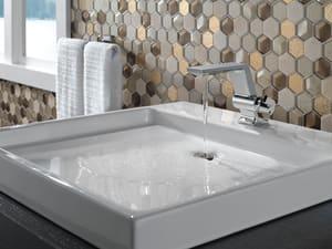 Delta Faucet Pivotal™ Single Handle Centerset Bathroom Sink Faucet in Polished Chrome D599MPUDST