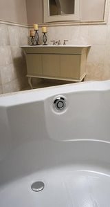 Geberit PushControl™ 1-1/2 in. Waste and Overflow Bathtub Drain in Polished Chrome G151604211
