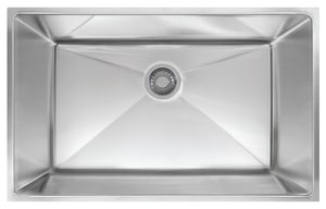 Franke Consumer Products Planar 8 32-1/2 x 18-1/2 in. Stainless Steel Single Bowl Undermount Kitchen Sink FPEX11031