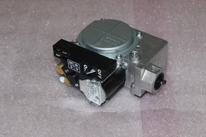 International Comfort Products 24V Gas Valve I1184392
