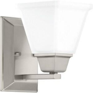 Progress Lighting Clifton Heights Collection 100W 1-Light Medium Bath Bracket PP300158
