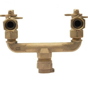 Mueller Company 1 x 3/4 x 3/4 in. Pack Joint x MIPT Water Service Brass U Branch Connector MP1536311NGFV