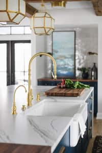 Waterstone Hampton Single Handle Lever Handle Water Filter Faucet in Unlacquered Polished Brass W1200HUPB