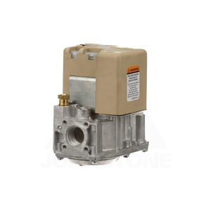 Goodman 1/2 in inlet/ 1/2 in outlet 24V Gas Valve GB1282619