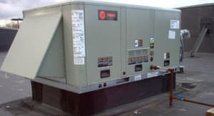 Trane Voyager™ 12.5 Tons 150 MBH 230V Triple Phase Commercial Packaged Gas/Electric Unit TYSH150G3RHA0000