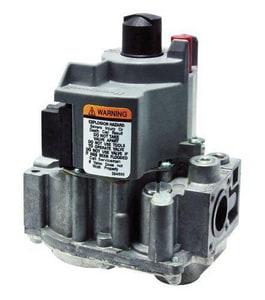 Rheem 1/2 in inlet/ 3/4 in outlet 24V Gas Valve R602162181