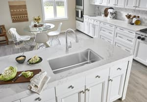 Blanco America Atura™ Single Handle Pull Down Kitchen Faucet in Stainless B442206