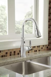 Moen Brantford™ Single Handle Pull Down Sensor Kitchen Faucet in Polished Chrome M7185E