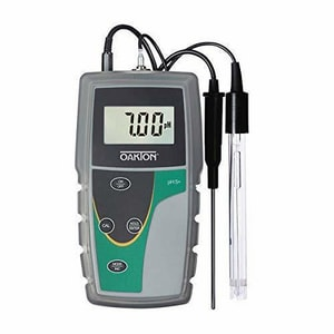 Oakton Instruments 1.5V AA Battery Powered pH 6+ Meter with Temperature Probe and Protective Rubber Boot OWD3561324 at Pollardwater