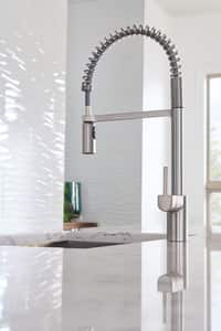 Moen Align™ 1.5 gpm Pre-Rinse Spring Pull-Down Kitchen Faucet with Single Lever Handle in Spot Resist Stainless Steel M5923