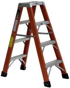 Michigan Ladder 6 ft. Step Ladder M381106