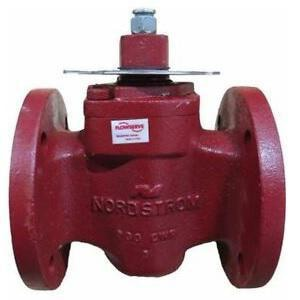 Flowserve Nordstrom Figure 143 1-1/4 in. Cast Iron 200 CWP Flanged Wrench Plug Valve N143ILSH