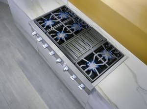 Thermador Professional Series 47-15/16 in. 99000 BTU 6-burner 6-element Sealed Rangetop in Stainless Steel TPCG486WL
