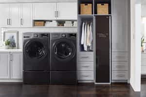 LG Electronics 4.5 cf 12-Cycle Stainless Steel Electric Front Load Washer in Black Steel LGWM3900HBA
