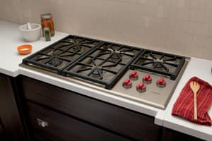 Wolf Range 36 in. 5-Burner Natural Gas Cooktop in Stainless Steel WCG365PS