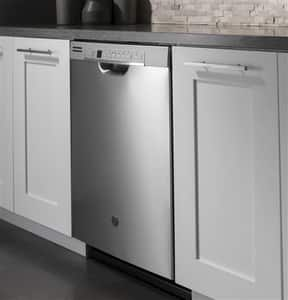 General Electric Appliances General Electric Appliances 23-3/4 in. Built-in Dishwasher with Front Control in Stainless Steel GGDF630PSMSS