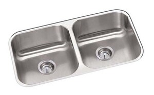 PROFLO® 31-1/4 x 18-1/4 in. No Hole Stainless Steel Double Bowl Undermount Kitchen Sink PFUC206