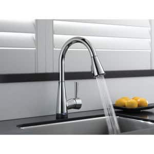 Brizo Venuto® Single Handle Pull Down Kitchen Faucet in Stainless D64070LFSS