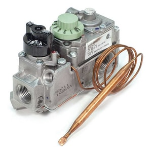 Robertshaw 710 Series 1/2 in inlet/ 1/2 in outlet 0.75V Gas Valve R710205