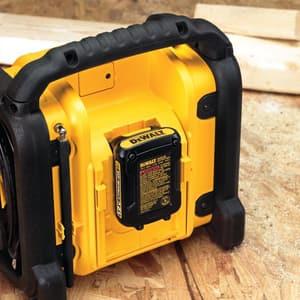 DEWALT 18V/20V/12V Compact Worksite Radio DDCR018
