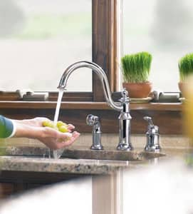 Moen Waterhill™ Kitchen Sink Faucet with Single Lever Handle MS711
