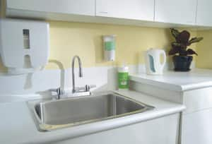 Delta Faucet Teck® 1.5 gpm Double Lever Handle Deckmount Kitchen Sink Faucet Gooseneck Spout 1/2 in. IPS Connection in Polished Chrome D26C3933