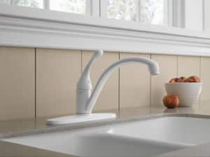 Delta Faucet Collins™ 1.8 gpm Single Lever Handle Deckmount Kitchen Sink Faucet 180 Degree Swivel Spout 3/8 in. Compression Connection D140DST