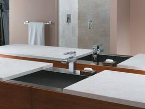 Delta Faucet Arzo® Single Lever Handle Centerset Lavatory Faucet with Lever Handle D586LFMPU
