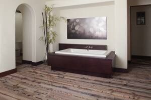 Jacuzzi Sia® 72 x 42 in. 13-Jet Acrylic Rectangle Drop-In or Undermount Spa Combination Bathtub with Center Drain and J5 LCD Control JSIA7242CCR5IH