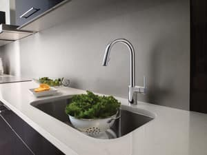 Moen Align™ 1.5 gpm Single Lever Handle Kitchen Sink Faucet with Pull-Down M7565