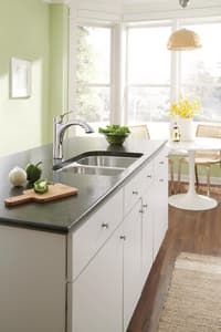 Moen Voss™ Pull-Out Kitchen Sink Faucet with Single Lever Handle M9125