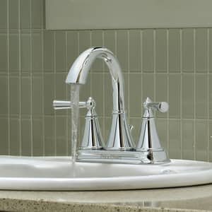 Pfister Saxton™ 1.2 gpm 3-Hole Bath Faucet with Double Lever Handle PLG48GL0