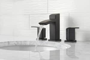 Pfister Kenzo™ Bathroom Faucet with Metal Pop-Up Assembly and Single Lever Handle in Black PLG42DF1B