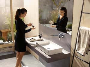 Hansgrohe Metropol 225 1.2 gpm 2-Hole Wall Mount Lavatory Faucet with Single Lever Handle H32526