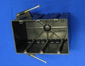 Allied Moulded Products 3 gal Switch Box Angled Nail with Quick Thread H AP643QT